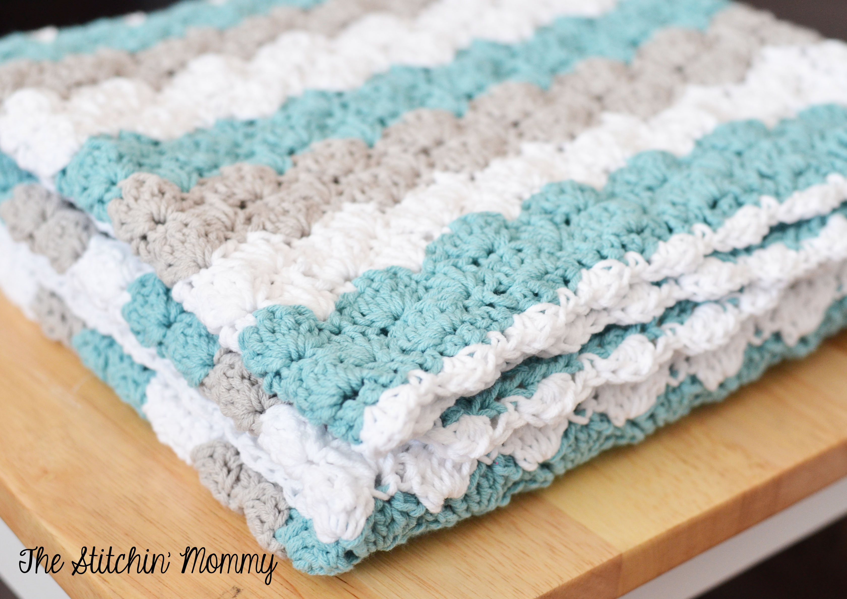 Quick Easy Baby Blanket Tutorial - My Own Email